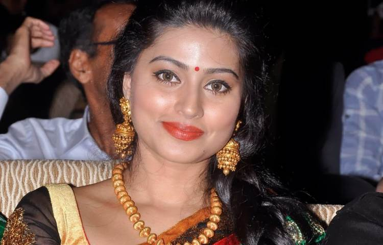 Sneha Famous role and Awards Won