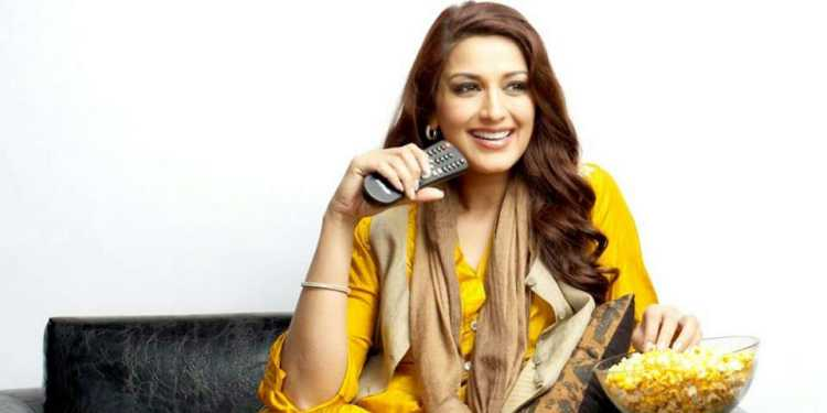 Sonali Bendre Wiki Bio Age Husband Salary Photos Video News Ig Fb Tw