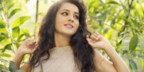 Bhama Wiki Bio Age Husband Salary Photos Video News Ig Fb Tw