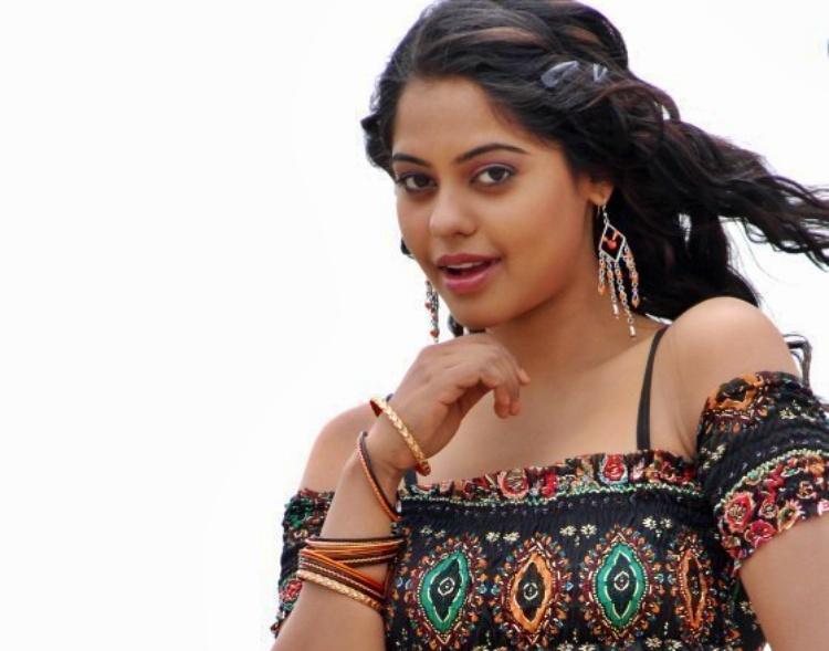 Bindu Madhavi Favourite Film, Actor and Actress