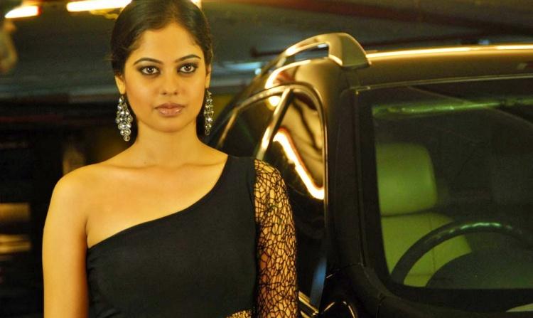 Bindu Madhavi Figure, Height, Weight, Hair Colour and Eye Colour