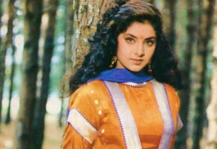 Divya Bharati Nickname, Father name, Mother name and Family details