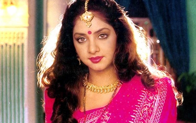 Divya Bharati Wiki Bio Age Husband Salary Photos Video News Ig Fb Tw