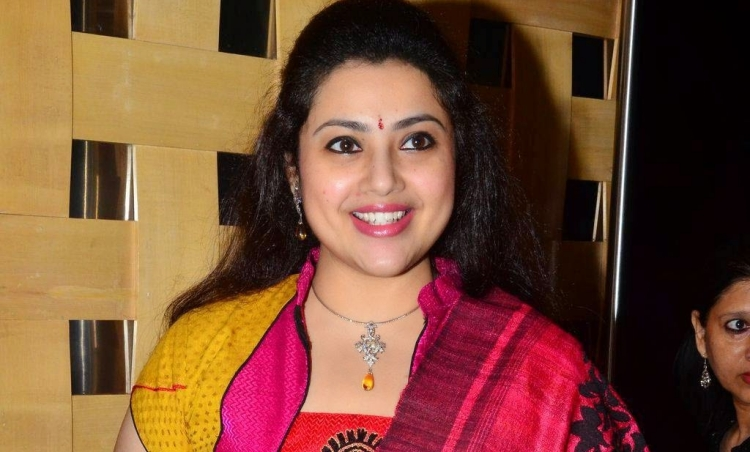 Meena Favourite Film, Actor and Actress