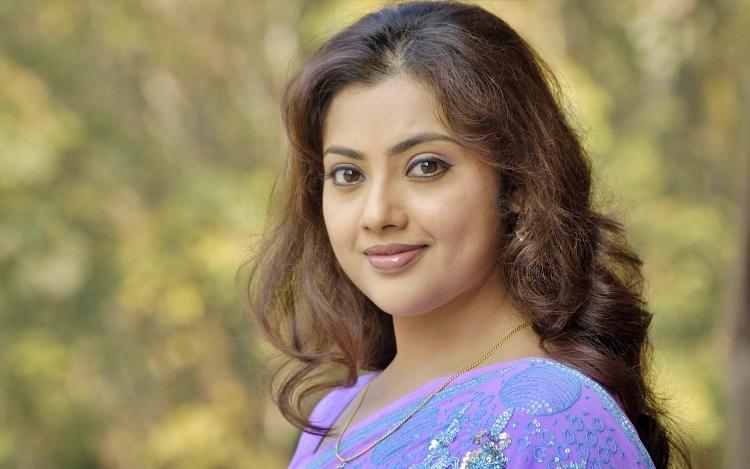 Meena Wiki Bio Age Husband Salary Photos Video News Ig Fb Tw