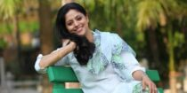 Nadhiya Wiki Bio Age Husband Salary Photos Video News Ig Fb Tw