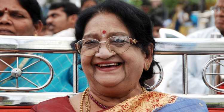 Anjali -Devi-Wiki-Bio-Age-Husband-Salary-Photos-Video-News-Ig-Fb-Tw