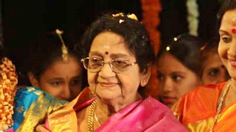 Anjali Devi Wiki Bio Age Husband Salary Photos Videos Ig Fb Tw