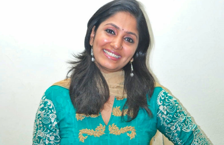 Jhansi Favourite Food, Colour, Destination and Hobbies