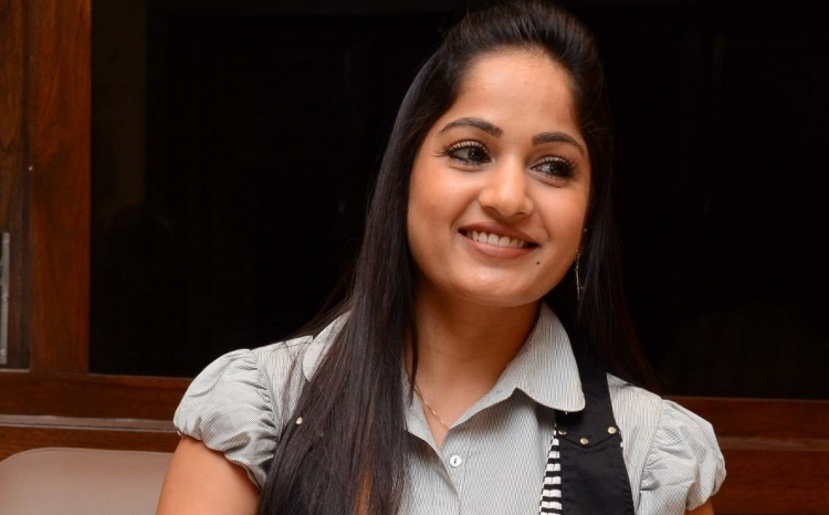 Madhavi Latha Date of Birth, Birth Place, Age, Sun Sign and Moon Sign