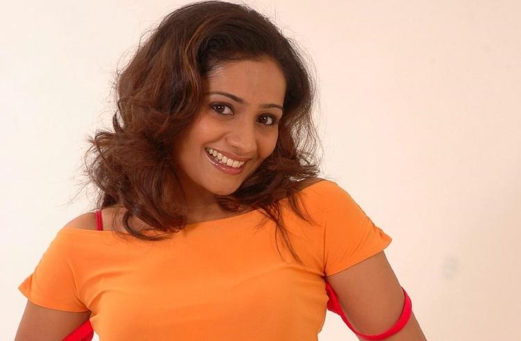 Meera vasudevan Favourite Film, Actor and Actress