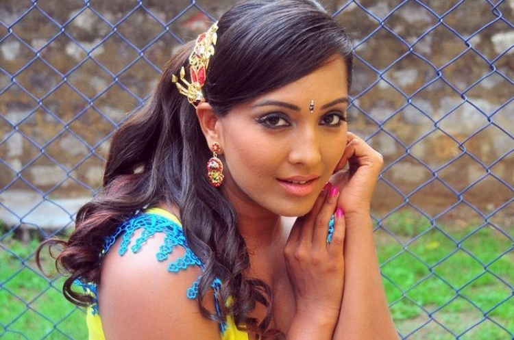 Meghna Naidu Salary, Net worth and Remuneration
