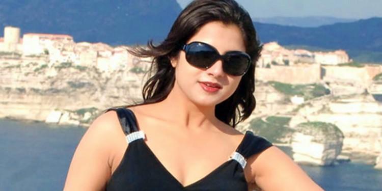 keethi Chwala Wiki-Bio-Age-Husband-Salary-Photos-Video-News-Ig-Fb-Tw