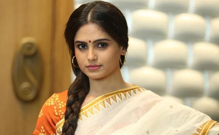 Naina Ganguly Wiki-Bio-Age-Husband-Salary-Photos-Video-News-Ig-Fb-Tw