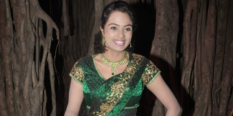 Abhinaya-Shree -Wiki-Bio-Age-Husband-Salary-Photos-Video-News-Ig-Fb-Tw