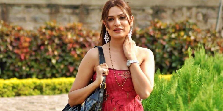 Aditi-Agarwal-Wiki-Bio-Age-Husband-Salary-Photos-Video-News-Ig-Fb-Tw