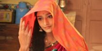 Aishwarya Khare Wiki Bio Age Husband Salary Photos Video News Ig Fb Tw