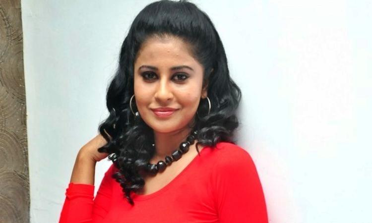 Anjana- Menon- Wiki-Bio-Age-Husband-Salary-Photos-Video-News-Ig-Tw