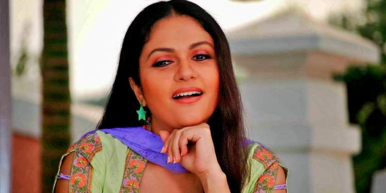 Gracy-Singh-Wiki-Bio-Age-Husband-Salary-Photos-Video-News-Ig-Fb-Tw