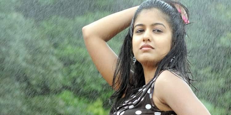 Ishita-Dutta-Wiki-Bio-Age-Husband-Salary-Photos-Video-News-Ig-Tw