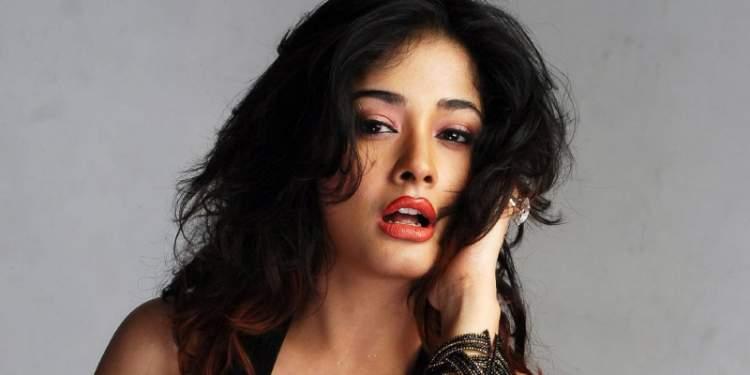 Kiran-Rathod-Wiki-Bio-Age-Husband-Salary-Photos-Video-News-Ig-Tw