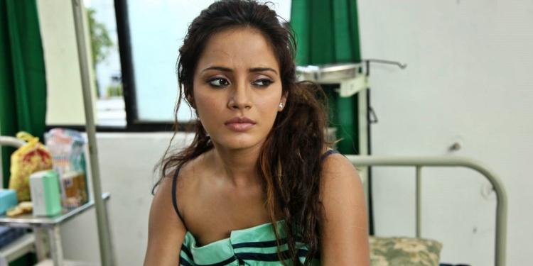 Neetu-Chandra-Wiki-Bio-Age-Husband-Salary-Photos-Video-News-Ig-Tw