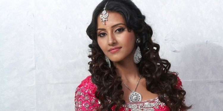 Archana Sharma Wiki Bio Age Husband Salary Photos Video News Ig Fb Tw
