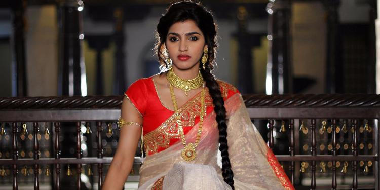 Dhansika Wiki Bio Age Husband Salary Photos Videos News Ig Fb Tw