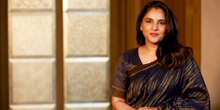 Divya Spandana Wiki Bio Age Husband Salary Photos Videos News Ig Fb Tw