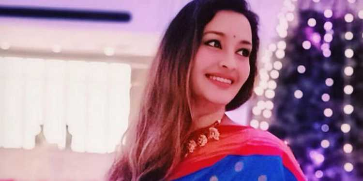 Renu Desai Wiki Bio Age Husband Salary Photos Videos News Ig Fb Tw
