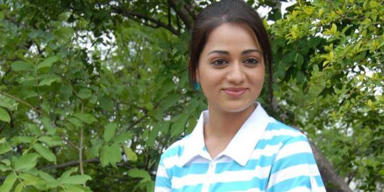 Reshma Rathore Wiki Bio Age Husband Salary Photos Videos News Ig Fb Tw