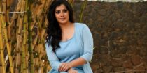 Varalaxmi Sarathkumar Wiki Bio Age Husband Salary Photos Video Ig Fb Tw