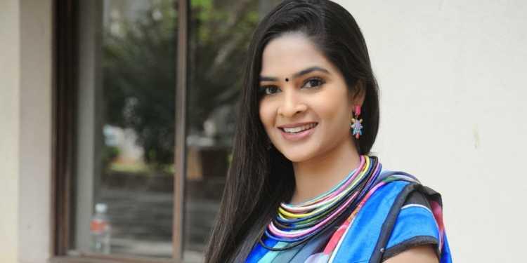 Madhumitha Wiki Bio Age Husband Salary Photos Videos News Ig Fb Tw