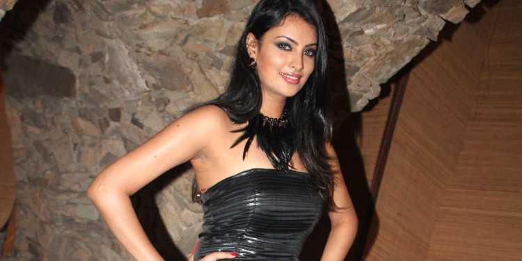 Sayali Bhagat Wiki Bio Age Husband Salary Photos Videos News Ig Fb Tw